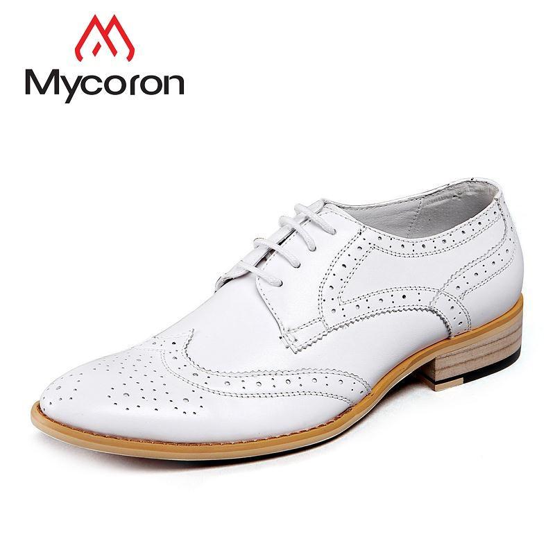 2eb67ccea78 Compre MYCORON Formal Hombre Botas Blancas Negras Dedo Del Pie Redondo  Brogue Zapatos De Cuero De Marca Superior Zapatos De Vestir De Negocios  Zapato Hombre ...