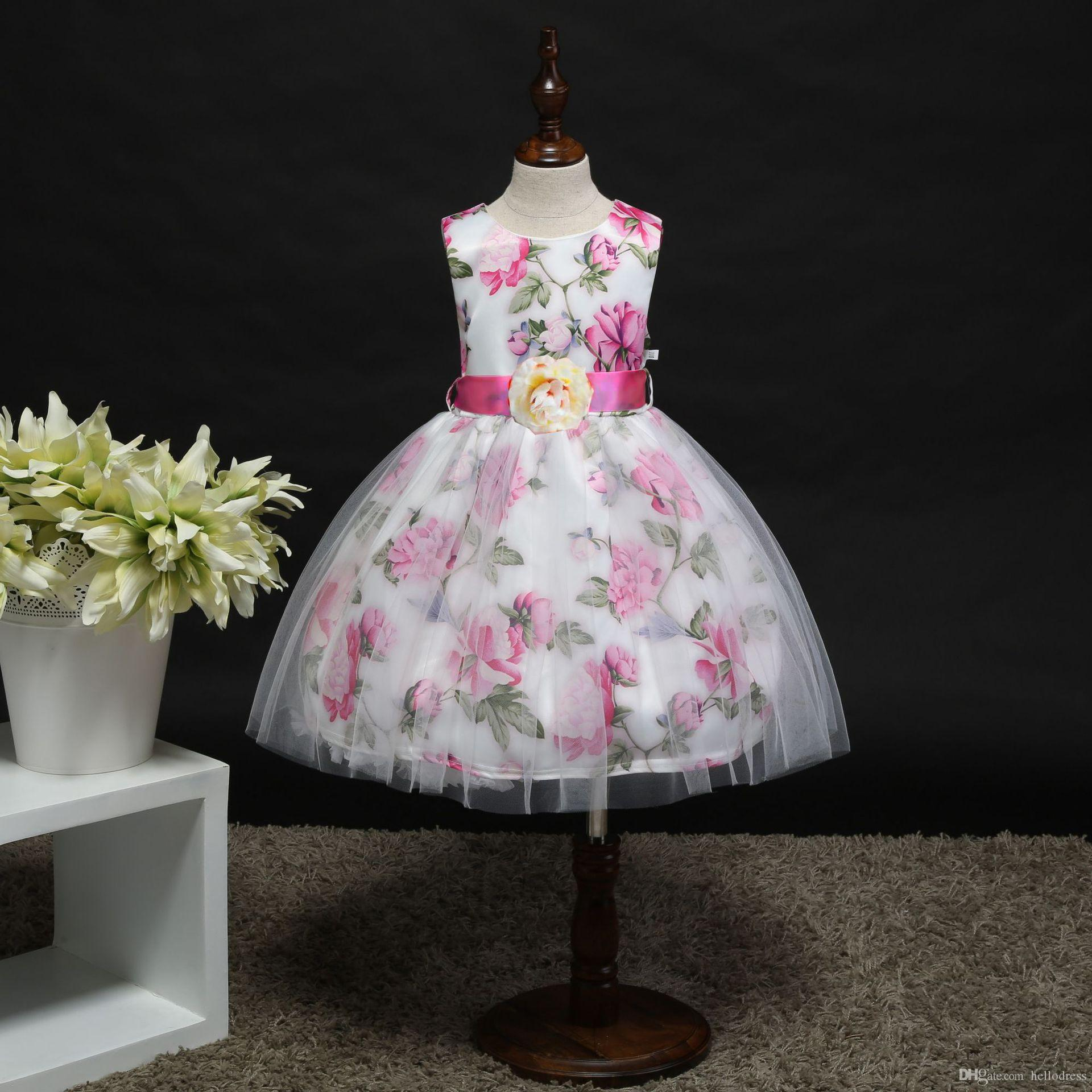 d752030ccfe54 2019 Floral Kids Dresses Pink Sleeveless Little Girs Prom Party Holiday  Birthday Dresses with Handmade Flower Sash Short Ball Gown for Kids