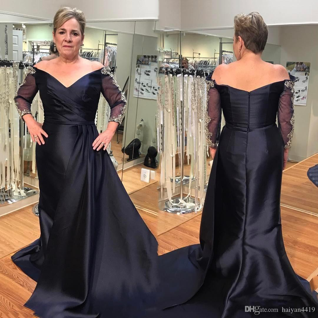 2020 Cheap Plus Size Navy Blue Mother of the Bride Dresses Off Shoulder V Neck Beaded Long Sleeves Backless Party Dress Wedding Guest Gowns