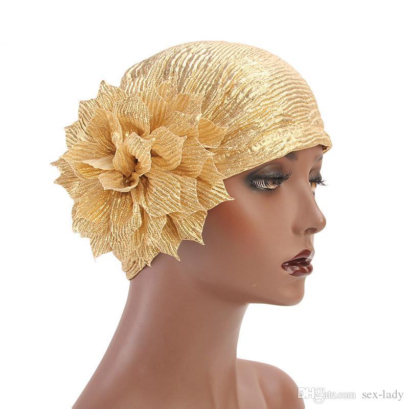 Compre Nueva Moda Flor Metálica Turbante Diadema Para Mujer Niña Musulmana  India Sombrero Sombrero De Quemadura Sombrero Beanie Pañuelo De Cabeza  Headwrap A ... 8738750352b