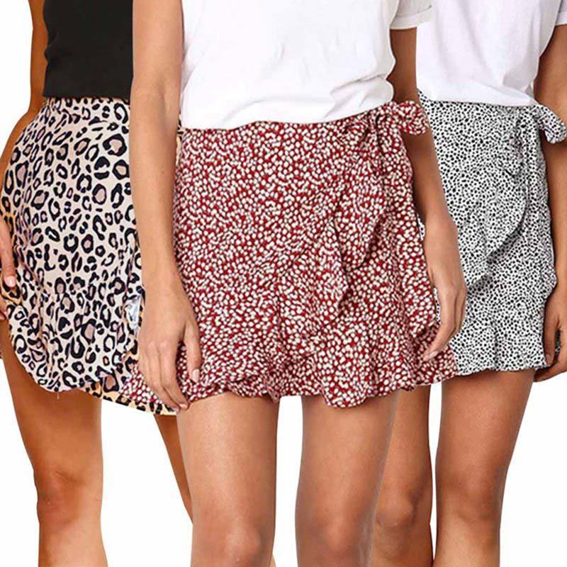 9d793d1d56 Compre Nuevo Verano Estampado De Leopardo Sexy Falda De Las Mujeres 2019  Moda Split Ruffles Faldas Pantalones Cortos Damas Casual Faldas De Cintura  Alta A ...