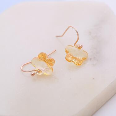 European and American fashion new ladies wild casual flower-shaped crystal shiny earrings wholesale