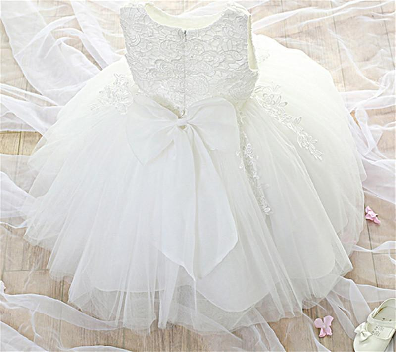 New Baby Lace Christening Gown Dress Little Bridesmaid Wedding Pageant Dresses Elegant Evening Party White Girls Baptism Clothes Q190522