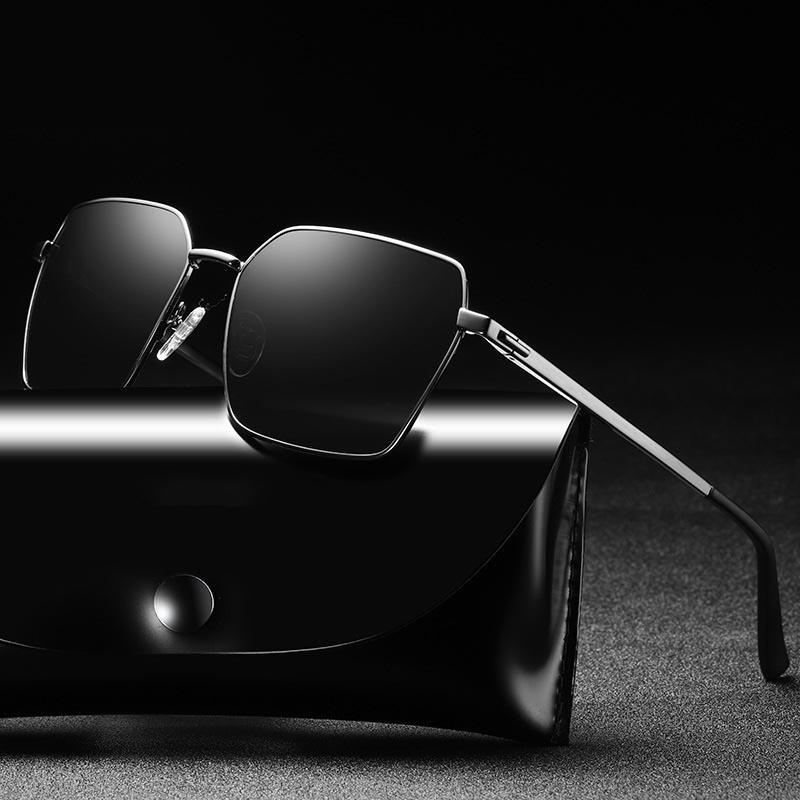 f3a263aca Compre Piloto Preto Óculos De Sol Dos Homens Polarizados Moda Óculos De Sol  De Viagem De Condução Masculino Sunglass Quadrado UV400 Retro Oculos De Sol  ...