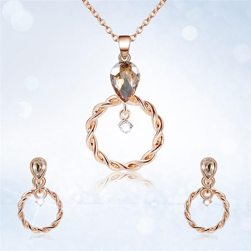 15fe70304f20 Compre Conjuntos De Joyas De Boda Para Mujer Conjunto De Aretes Y Collar De  Color Oro Rosa A  35.82 Del Fengzh