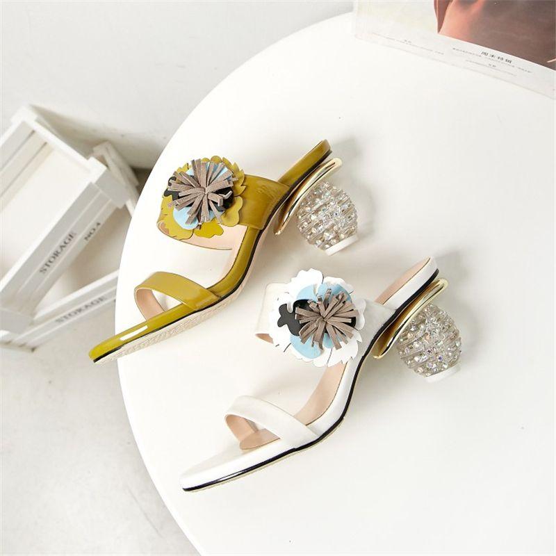 Ouqinvshen Appliques Women Heels Plus Size 34-42 White Leather in vera pelle moda concisa estate scarpe stile strano pantofole