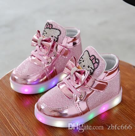 b28b70770d3 New Children Luminous Shoes Boys Girls Sport Running Shoes Baby Flashing  Lights Fashion Sneakers Toddler Little Kid LED Sneakers