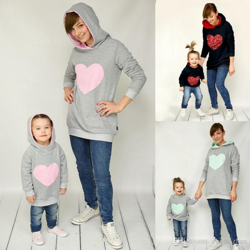 70a55f5e94bf Family Matching Clothes Heart Printed Mother Daughter Hoodies Mom ...