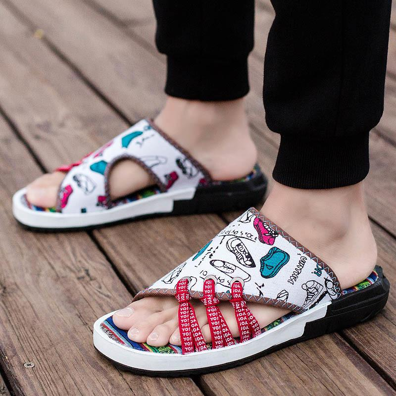 2018 Summer Slippers Men Cool China Style Men's Sneaker Casual Sandals Skid-proof Camouflage Fashion Beach Shoes Graffiti