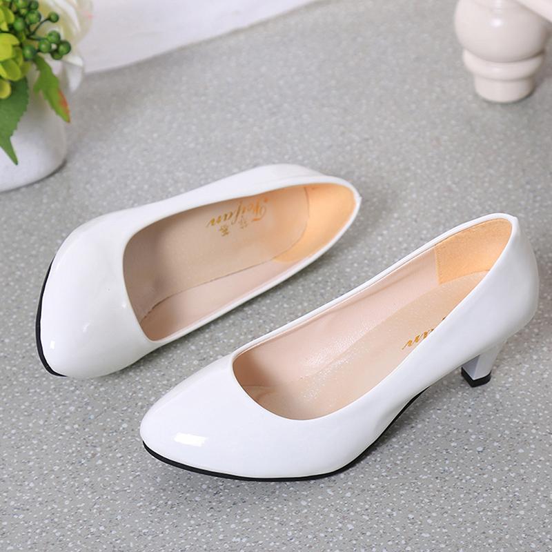 Compre 2019 Vestido De Mujer Bombas Desnudo Boca Baja Zapatos De Mujer  Trabajo De Oficina Zapatos De Fiesta De Boda Zapatos Para Mujer Zapatos De  Tacón Bajo ... a73cb168ab91
