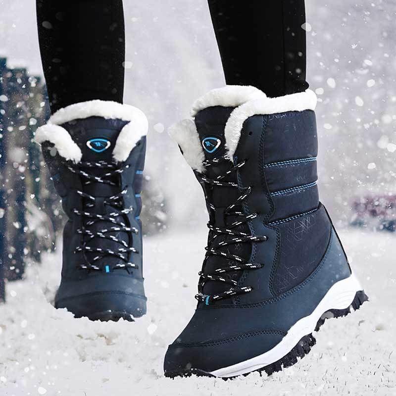 Acquista 2019 2018 Inverno Stivali Da Neve Donne Piattaforma Stivali  Bianchi Zeppe Scarpe Da Donna Stivali Da Pioggia Caldo Peluche Lace Up  Botas Zapatos De ... 2b6aadc24c2