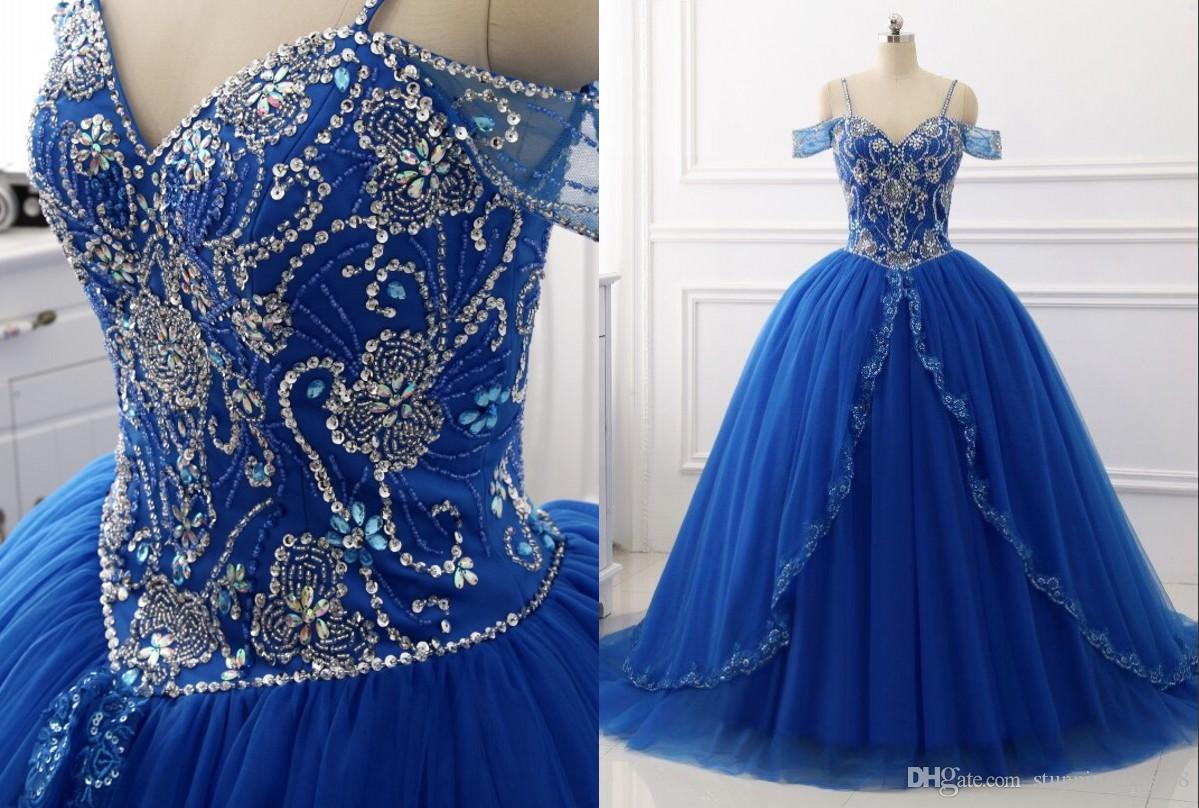 3721172f9fd Compre Hombro Frío Barato Dulce 16 Vestidos Royal Blue Ball Vestido Crystal  Rhinestones Tulle Corset Volver Quinceanera Vestido De Fiesta Largo 2019 A  ...