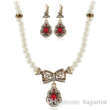 e51535752 2019 EARRING NECKLACE JEWELRY SET FOR WOMEN BRIDE ZINC ALLOY RHINESTONE CRYSTAL  PEARL LADY GIRL WEDDING VEIL ACCESSORIES EARRINGS NECKLACES SET From ...