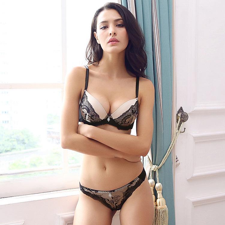 ee16e3e2e2649 Women s Underwear Sexy Bra Embroidery Bra Thong Set Europe And ...