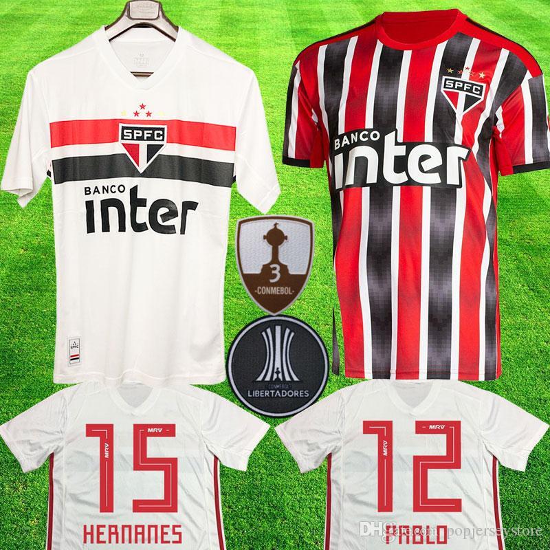 39d26e66dc4e0 Compre Sao Paulo Fc 2019 Camisas De Futebol LIBERTADORES Camisa De Futebol  PABLO NENE HELINHO ARBOLEDA HERNANES JUCILEI Brasil São Paulo Camisa De  Futebol ...