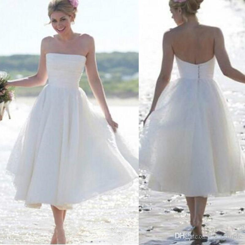 1dd76c58ad8 Discount 2018 Bohemian Beach Wedding Dresses A Line Strapless Tea Length  Bridal Party Gowns Plus Size Vestido De Noiva Boho Short Tulle Bridal Gowns  Wedding ...