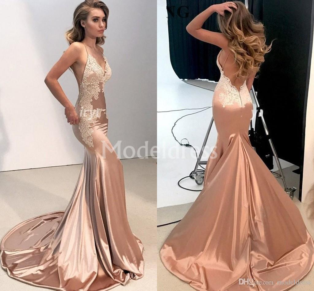 Charming 2019 Lace Mermaid Evening Dresses V-Neck Sweep Train Appliques Backless Special Occasion Dress Sexy Formal Party Prom Gowns Vestido