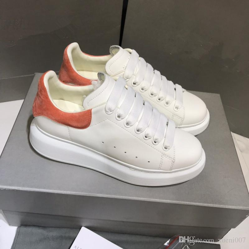 2020 New Designer Brand Man Casual Shoes Flat Fashion Leather Lace-up Low Cut Trainers Runaway Arena Shoes yd19042610