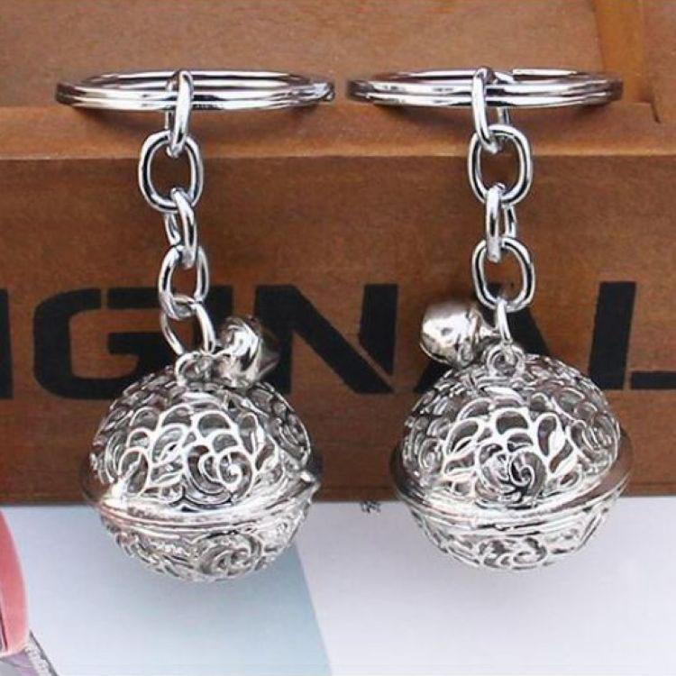 New Arrival Classic Silver Bell Key Chain Small Metal Bells Keychain Boys Girls Kids Keyring House Door Key Holder