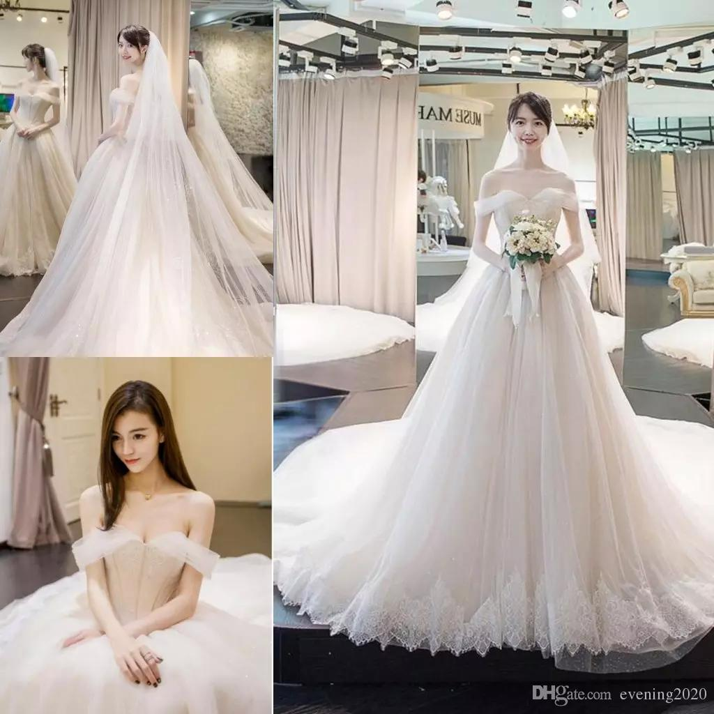 Plus Size Elegant A Line Wedding Dresses Sweetheart Off The Shoulder Applique Lace up Cathedral Train Tulle Wedding Gowns