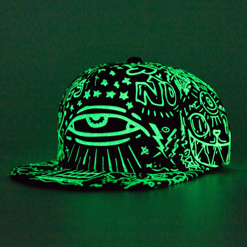028d881edcc4d Compre Nueva Moda Fluorescencia Gorra De Béisbol Mujer Hombre Gorras  Snapback Ligeras Gorras Deporte Casquette Hip Hop Cap Hat Envío De La Gota  D19011502 A ...