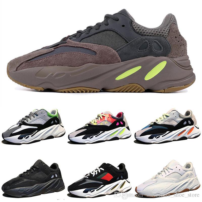 New Mauve 700 Wave Runner Mens Women Designer Sneakers New 700 V2 Static  Kanye West Sport Shoes Designer Sneakers Online with  116.77 Pair on ... e32c55273
