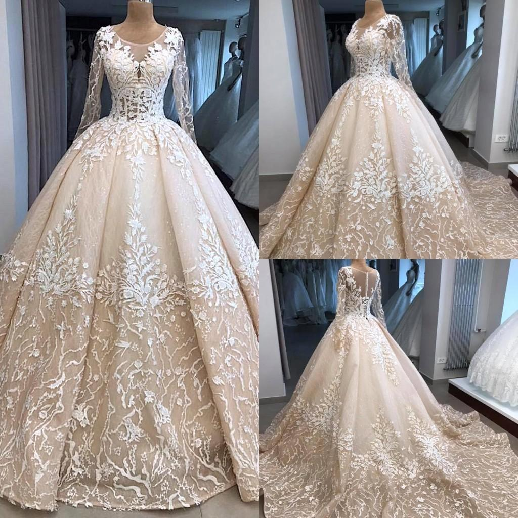 2019 Vintage Champagne A Line Wedding Dresses 3D Appliques Lace Jewel Neck See Sheer Long Sleeves Plus Size Bridal Gowns Sweep Train BC2033