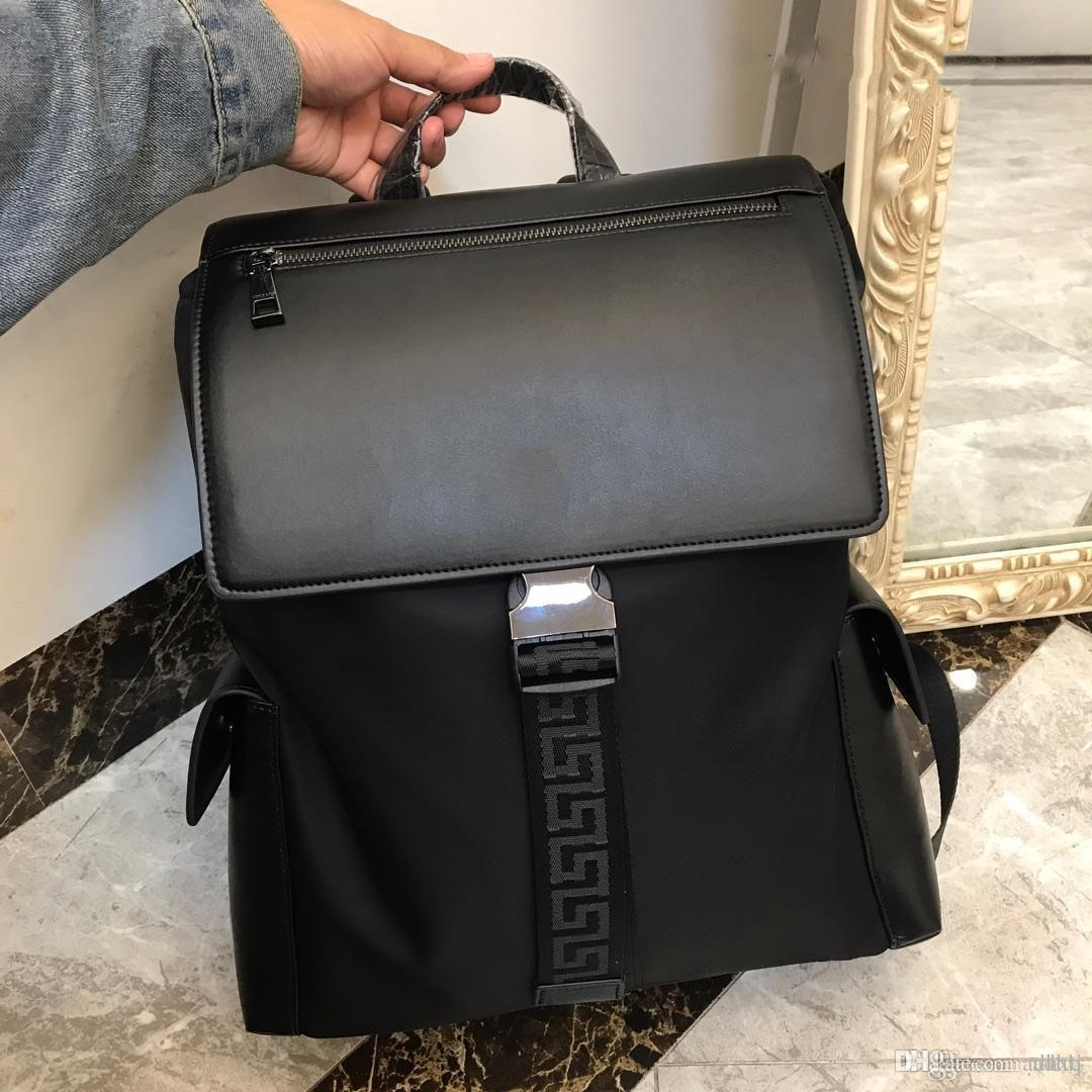 New Simple And Versatile Shoulder Bag 2019 New Designer Bag One To One  Production Of Top Quality Material High End Luxury Black Number  335 School  Bags ... a84f18556d