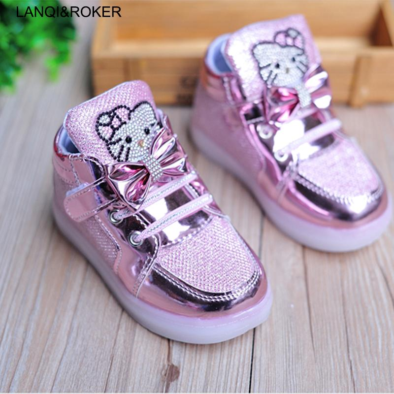 super popular fff76 b0183 Fashion Kids LED Shoes For Girls Light Up Shoes Baby Boys Flashing Luminous  Sneakers Toddler Little Children LED Glowing Sneaker Girls White Athletic  Shoes ...