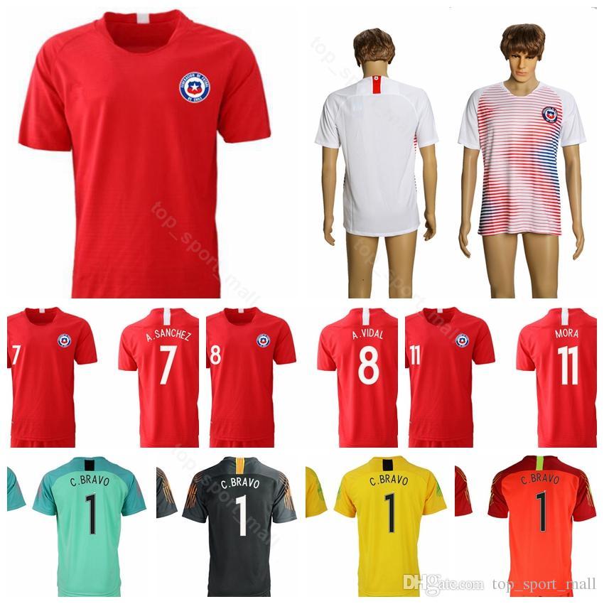 c88ace0aedb71 2018 2019 Chile Soccer Jersey Hombres 7 SANCHEZ 8 VIDAL 11 VARGAS 17 MEDEL  Camiseta De Fútbol Uniforme Nombre Personalizado Número Rojo Blanco Por ...