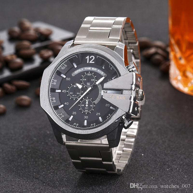 e8bd4be4594 Compre Novos Relógios Homens Marca De Luxo DZ7314 DZ7313 Homens Relógios  Moda Casual Mens Relógio De Quartzo Militar Montre Homme Masculino Relógio  De Pulso ...