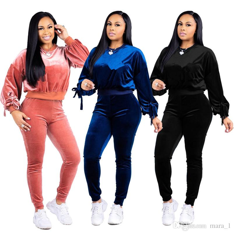 0bc6c89fb86059 Großhandel Marke Designer Frauen Winter Sweatsuit Flanell Cop Top 2 Stück  Set Outfits Stickerei Leggings Leggings Sportbekleidung Hose Hoodies ...