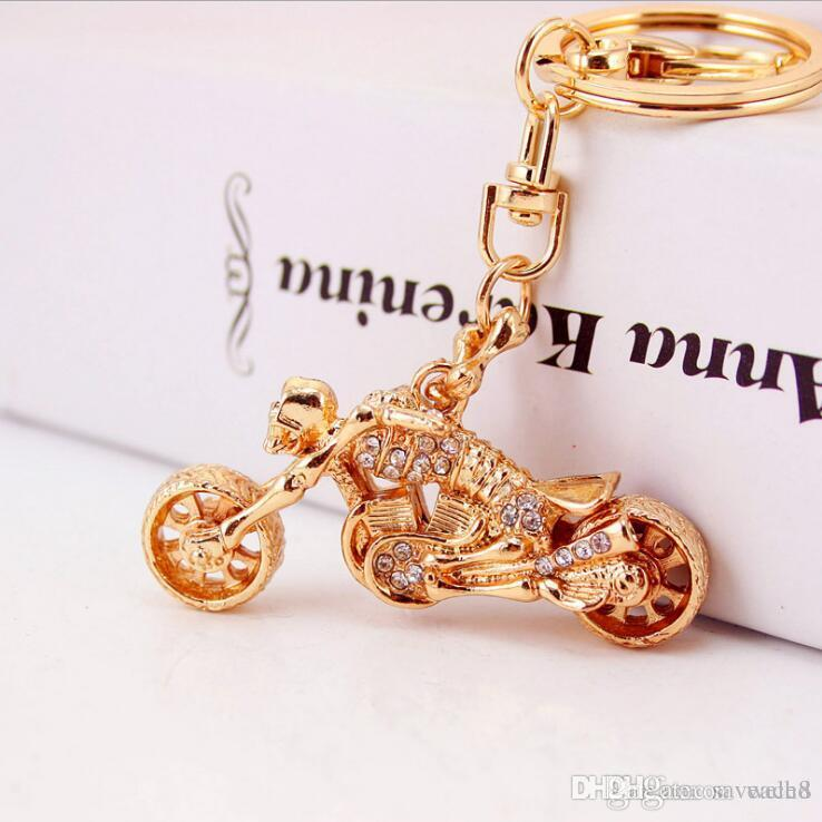 Gold Tone Skull Motorcycle Keychain Rhinestone Rider Key Chains Ring Holder  Mens Car Luxury Keychains Womens Purse Bag Charm Retractable Key Chain  Leather ... 732761304f