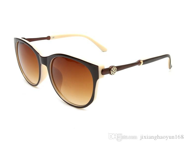 fe2760a3c11be 2019 Wayfarer Sunglasses Fashion Glasses For Men And Women A Pair Of  European And American Large Frame Sunglasses 3019 With Box From  Jixianghaoyun168