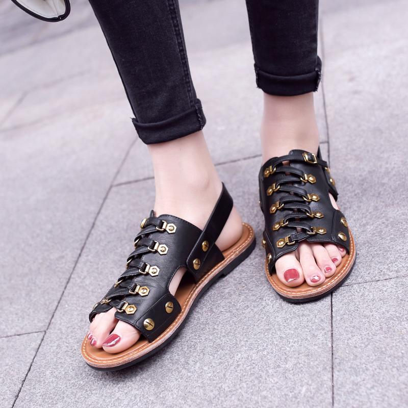 2019Women's Genuine Leather Flats Sandals Cross Strap Summer Leisure Sandalias Open Toe Female Comfrotable Footwear Shoes Hot Sale