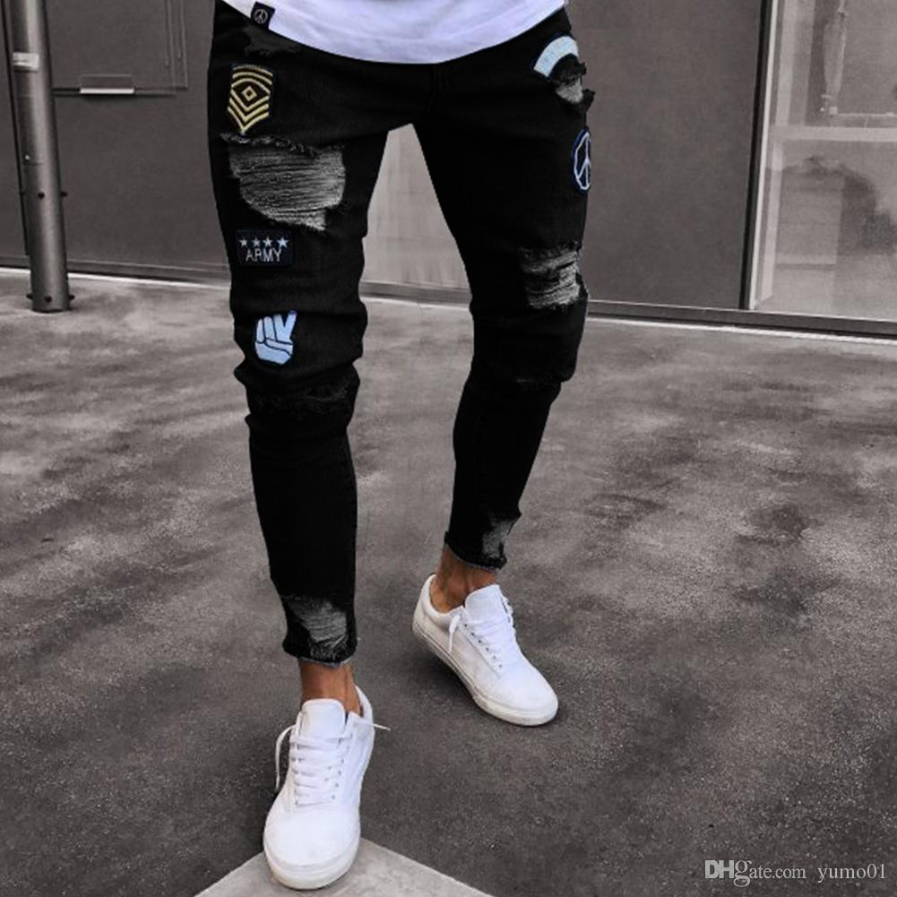 2019 Moda Uomo Jeans Stretch Destroyed Strappato Applique Design Moda Caviglia Zipper Jeans skinny per Men1000