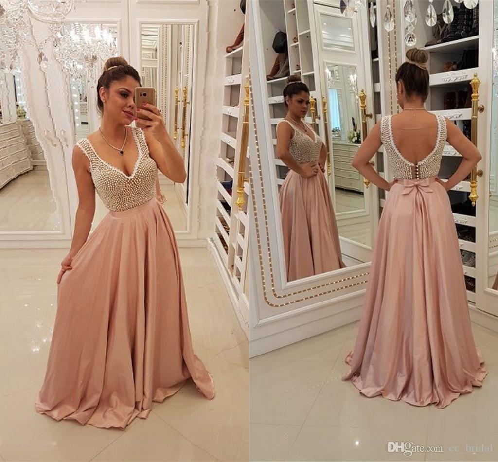 c02637175c18 Acquista Abiti Da Sera Rosa Modesto Scollo A V 2019 Elegante Raso Elastico  Pavimento Lunghezza Abiti Da Cerimonia Formale Con Perle Brillanti Donne Abiti  Da ...