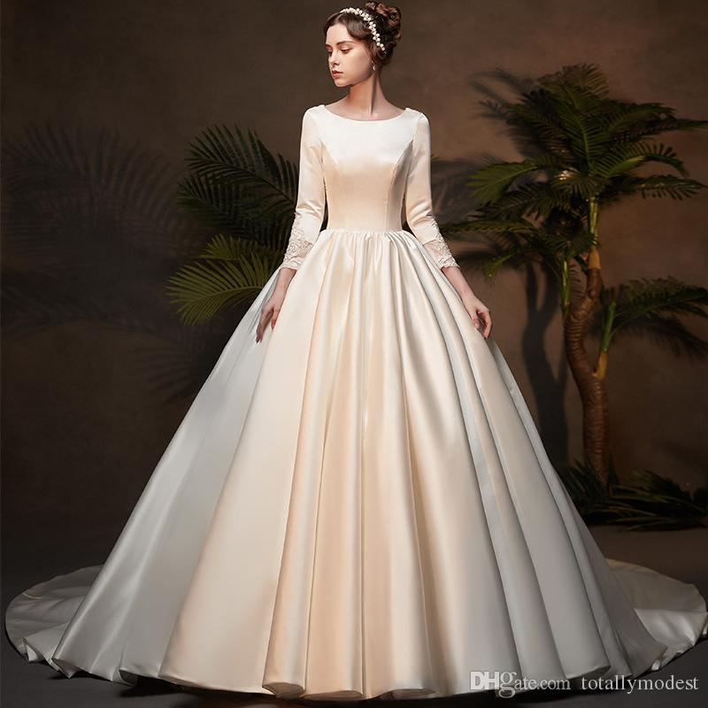 2019 New Ball Gown Satin Modest Wedding Dresses With 3/4 Sleeves Vintage Princess France Satin Simple Bridal Gown
