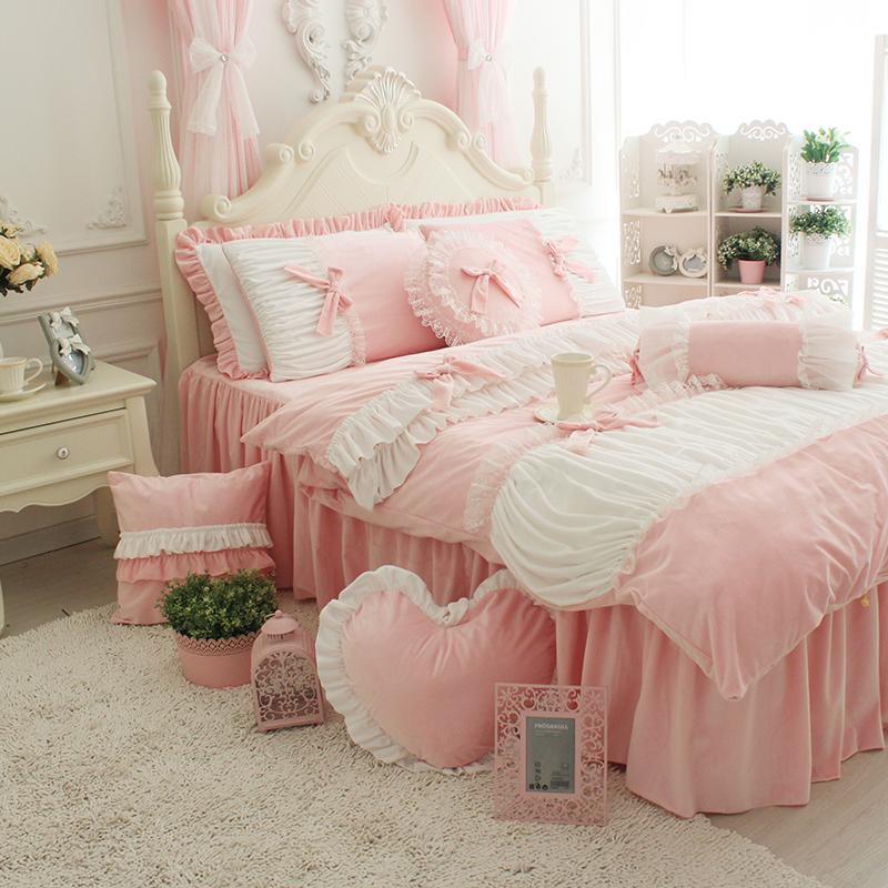 Textiles Luxury White Lace Bow Bedding Sets Comfirter Bed Linen Girl Princess Bedclothes Bed Cover Bed Skirt 4 Pcs Christmas