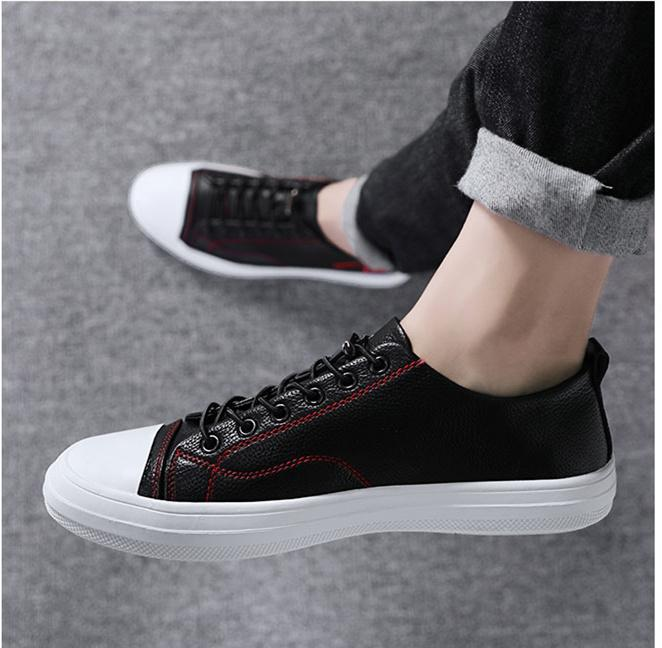 2019 Chinese New Year fashion board shoes Korean version youth fashion flat shoes male youth leisure shoes match