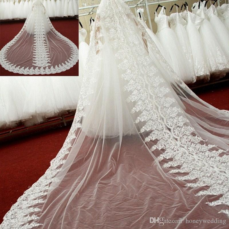 New Luxury Bridal Veils with Appliqued Edge Elegant Wedding Accessories Romantic Long One Layer Wedding Veils with Comb
