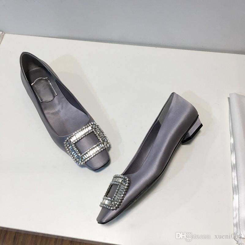 Tacchi alti Pantofole in pelle da donna Sandali di marca di lusso Passerelle con tacco a spillo Decolleté Scarpe da donna Prom Dress Spedizione