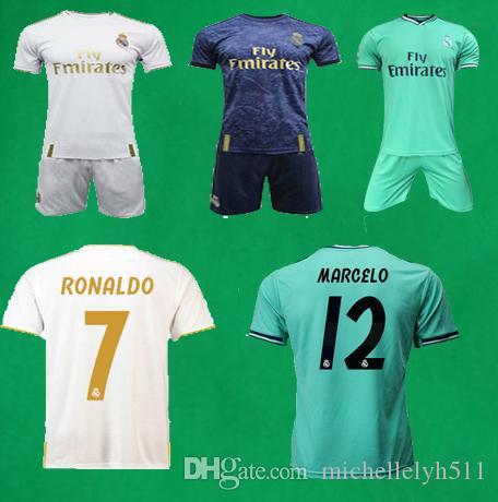 quality design 254b7 d0c39 real madrid latest football kit