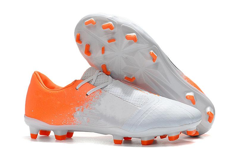 online retailer 58ccd 9dd11 Compre 2019 Nuevo Phantom Venom FG TPU Zapatos De Fútbol Para Zapatos De  Calidad Superior Para Hombre Diseñador De Moda Zapatillas De Deporte  Zapatos De ...
