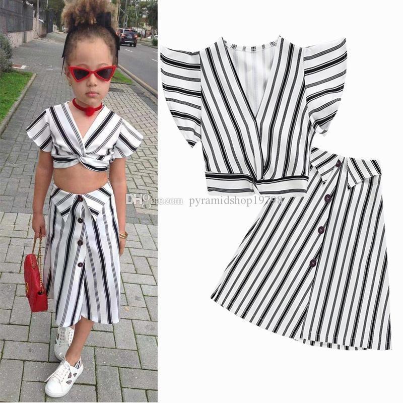91d6d58ad2117 Satın Al 2 Adet / Grup INS Bebek Kız Elbise Çizgili Kıyafetler V Yaka Üst +  Elbise Yaz Moda Butik Çocuk Giyim Seti, $9.06 | DHgate.Com'da
