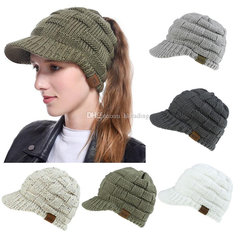 9 Colors Ponytail Winter Caps Solid Thick Knitting Ponytail Beanies Baseball Brim Hats Fashion Warm Winter Vintage Stretch Baseball Cap M423