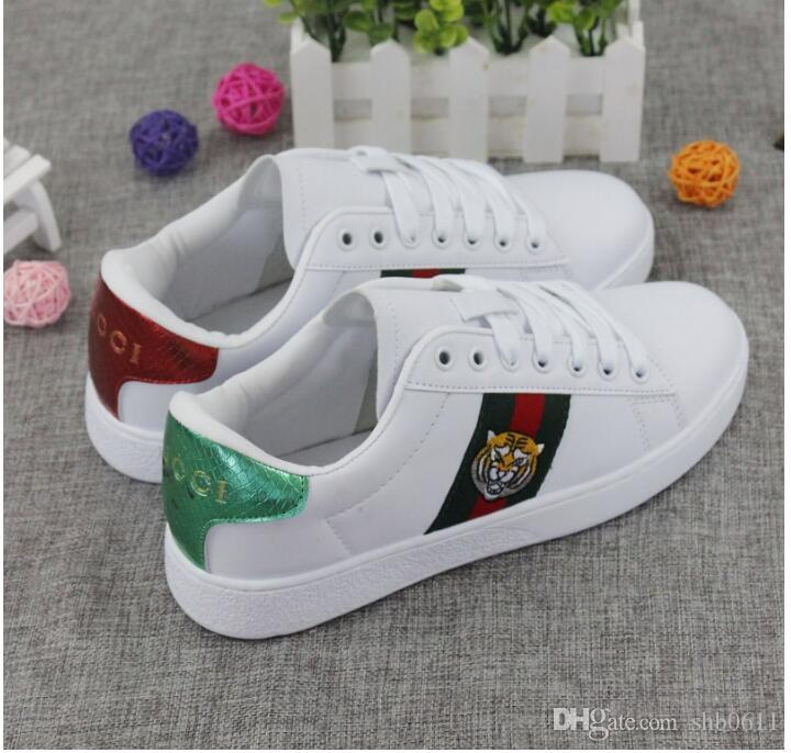2019 Italy Brand designer men women white shoes Little bee shoes autumn couple new art men women Korean version wild white shoes