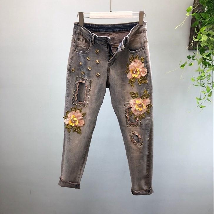 9bdb9c96 2019 Mujeres Bordado Cuentas de Flores Pantalones Vaqueros Lápiz de Moda de  Primavera de Alta Cintura Agujero Pantalones de Mezclilla Pantalones de ...
