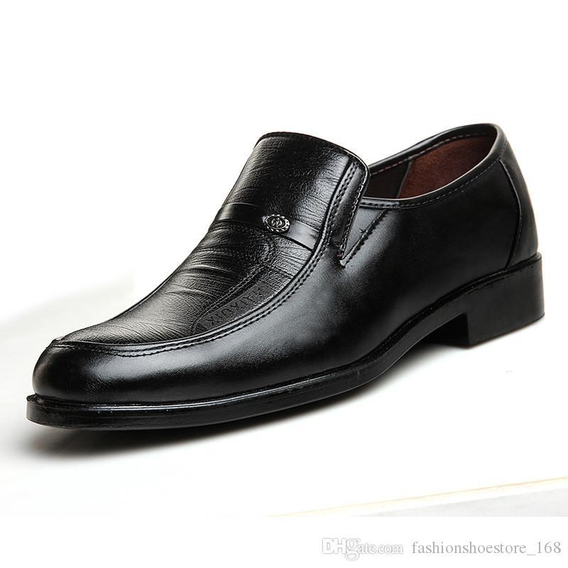 2019 Marke Männer Hochzeit Kleid Schuhe Klassische Spitz Flache Ferse Business Leder Müßiggänger Oxford Sapato Masculino Big Größe 48 Schuhe Formelle Schuhe