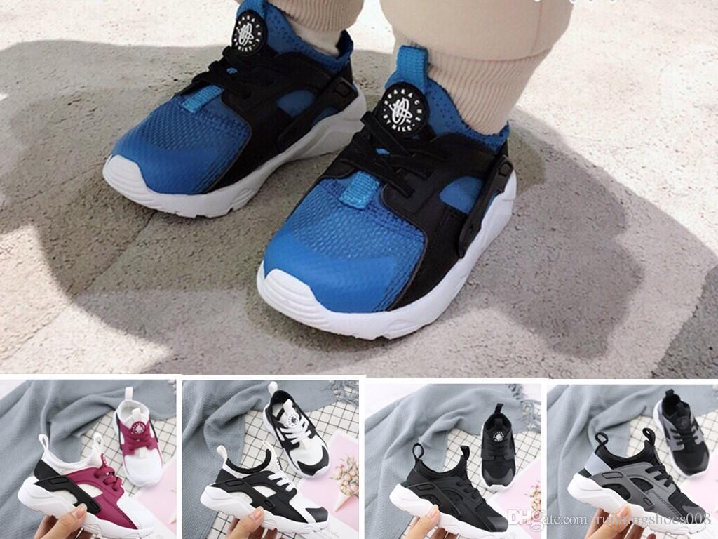 79bdb188b196e Acheter Nouveau Huarache Chaussures De Course Formateurs Enfants Garçons  Filles Noir Blanc Enfant Chaussures De Plein Air Huaraches Bébé Cadeau ...
